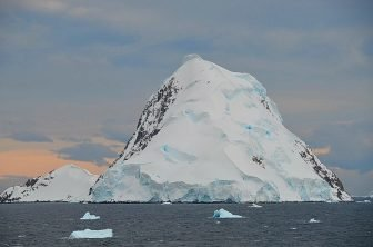 099_Antarctica_Peninsula_Gerlache_Strait