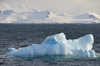 123_Antarctica_Peninsula_Gerlache_Strait