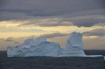 172_Antarctica_Peninsula_Deception_Island