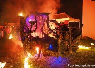 Feuershow auf dem Mittelaltermarkt am Samstagabend